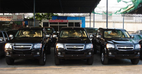 Chevy Colorado 2008 rows  - Get your Chevy now at Jim Autos Thailand and Jim 4x4 Thailand